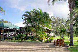 Agnes Water Hideaway - Dalby Accommodation
