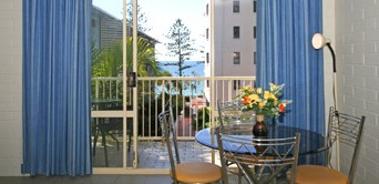 Surf Dance Holiday Units - Dalby Accommodation