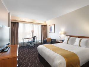 Holiday Inn Sydney Airport - Dalby Accommodation