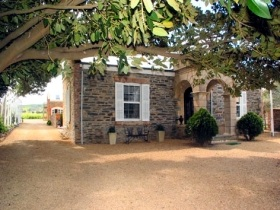 Waverley Estate - Dalby Accommodation