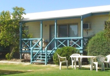 Marion Bay Holiday Villas - Dalby Accommodation