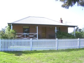 Miranda Cottage - Dalby Accommodation