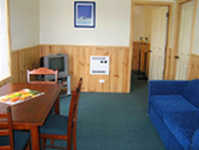 Driftwood Strahan Villas - Dalby Accommodation