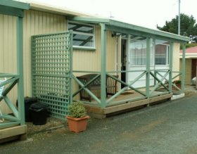 Orford Seabreeze Holiday Cabins - Dalby Accommodation