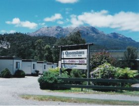 Queenstown Cabin and Tourist Park - Dalby Accommodation