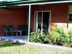 Queechy Cottages - Dalby Accommodation