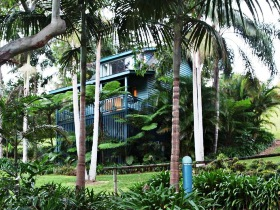 Montville Country Cabins - Dalby Accommodation