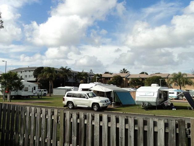 Palm Beach Mobile & Tourist Park - Dalby Accommodation