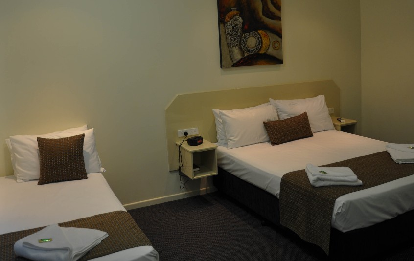 Bluewater Harbour Motel Bowen - Dalby Accommodation