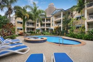 Surfers Beach Holiday Apartments - Dalby Accommodation