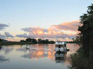 Tweed River Houseboats - Dalby Accommodation