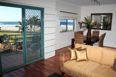 Currumbin Sands on the Beach - Dalby Accommodation