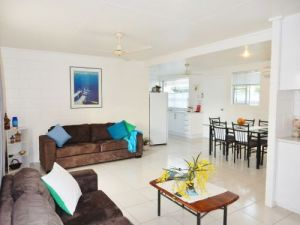 Lucinda Holiday Rentals  - Dalby Accommodation