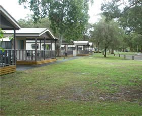 Beachfront Caravan Park - Dalby Accommodation