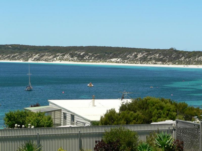 Fareview Beach House - Dalby Accommodation