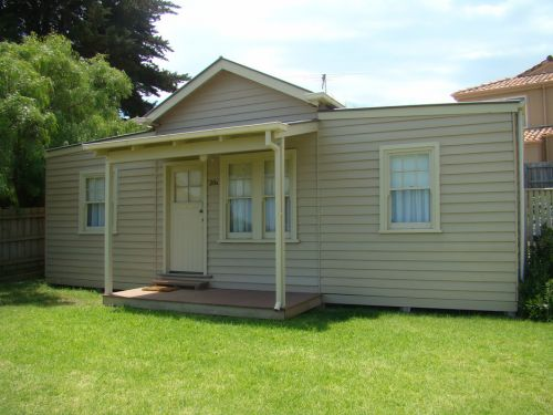 George Cottage - Dalby Accommodation