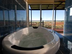 Misty Rose Barossa Chalets - Dalby Accommodation