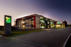 Quest Moorabbin - Dalby Accommodation