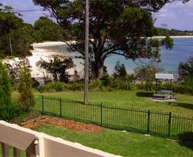 Driftwood Beach House Jervis Bay - Dalby Accommodation