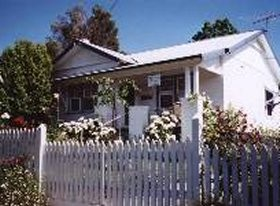 Crabapple Cottage - Dalby Accommodation