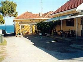 Bay View Holiday Flats - Dalby Accommodation