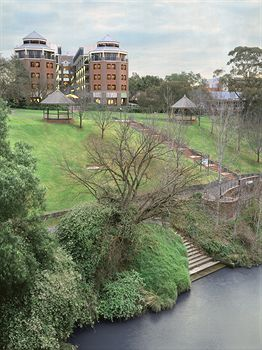 Amora Riverwalk Melbourne - Dalby Accommodation