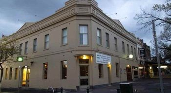 Naughtons Parkville Hotel - Dalby Accommodation
