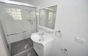 Balmain 1 Mont Furnished Apartment - Dalby Accommodation