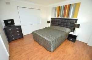 Balmain 3 Mont Furnished Apartment - Dalby Accommodation