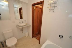 Camperdown 21 Brigs Furnished Apartment - Dalby Accommodation