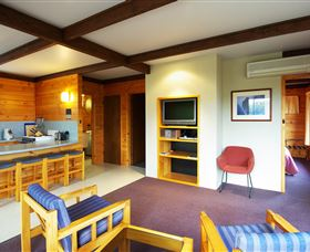 Edge Of The Bay Resort - Dalby Accommodation