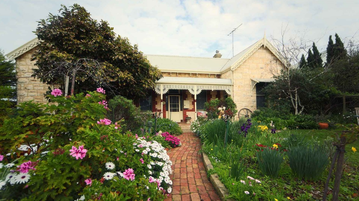 Eastcliff Cottage Sorrento - Dalby Accommodation