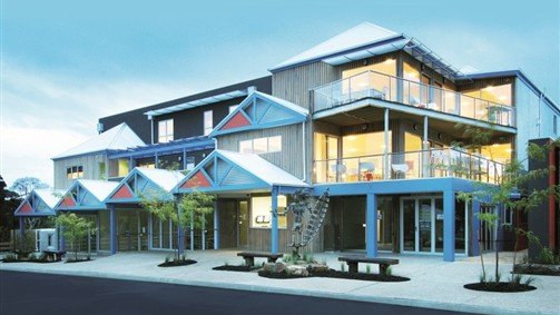 The Island Accommodation - Phillip Island YHA - Dalby Accommodation