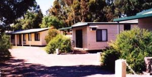Cowell Foreshore Caravan Park  Holiday Units - Dalby Accommodation