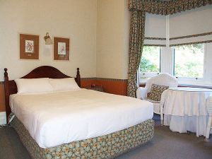 Jenolan Caves - Dalby Accommodation