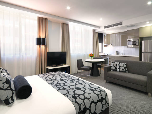 Meriton Serviced Apartments - North Ryde - Dalby Accommodation