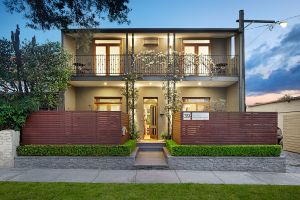 Prahran Village Guest House - Dalby Accommodation