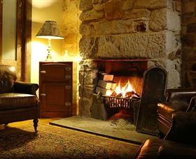 Capertee Royal Hotel - Dalby Accommodation
