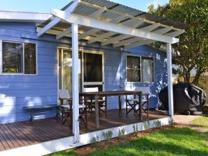 Water Gum Cottage - Dalby Accommodation