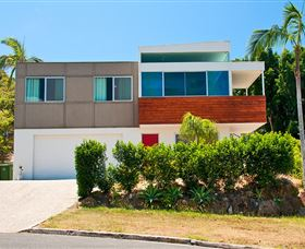 Hilltop Mansion Gold Coast - Dalby Accommodation