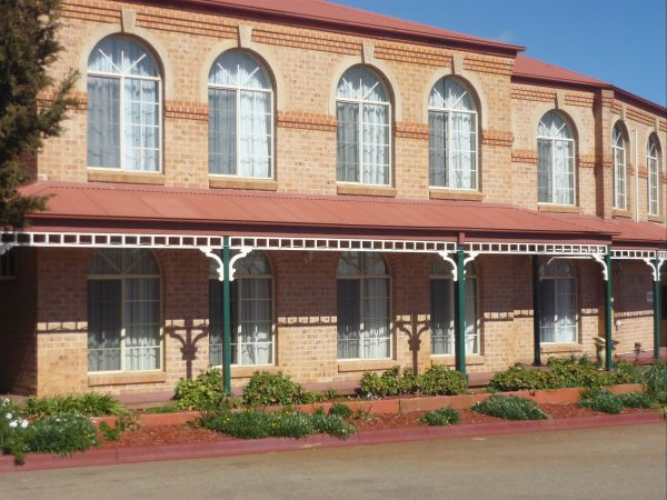Heritage Motor Inn Goulburn - Dalby Accommodation