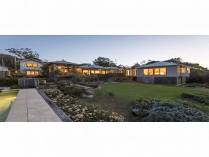 Jamberoo Valley Farm - Dalby Accommodation