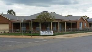 Numurkah Apartments - The Miekleljohn - Dalby Accommodation