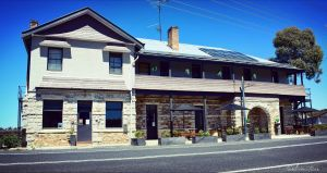 Royal Hotel Capertee - Dalby Accommodation