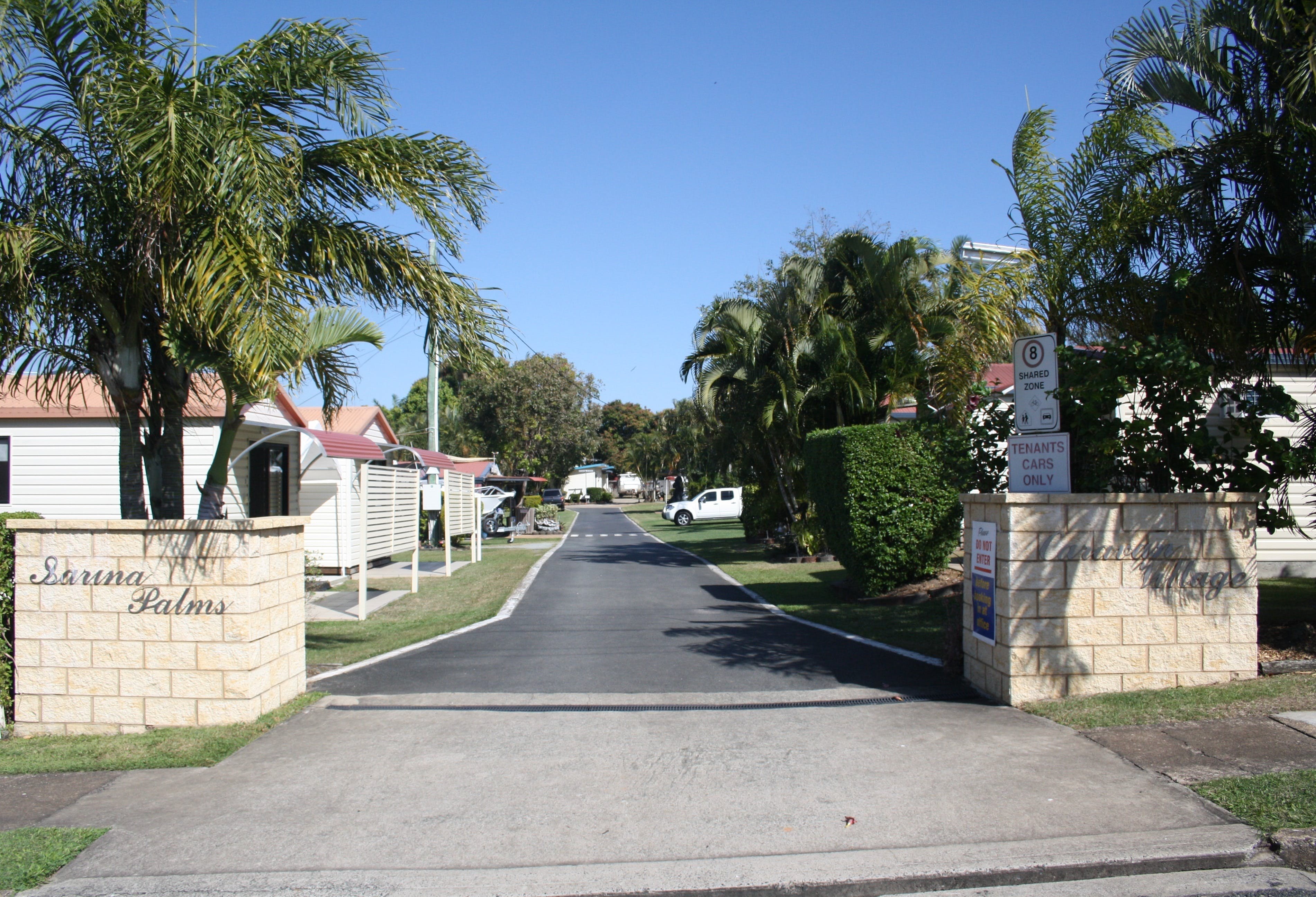 Sarina Palms Caravan Village - Dalby Accommodation
