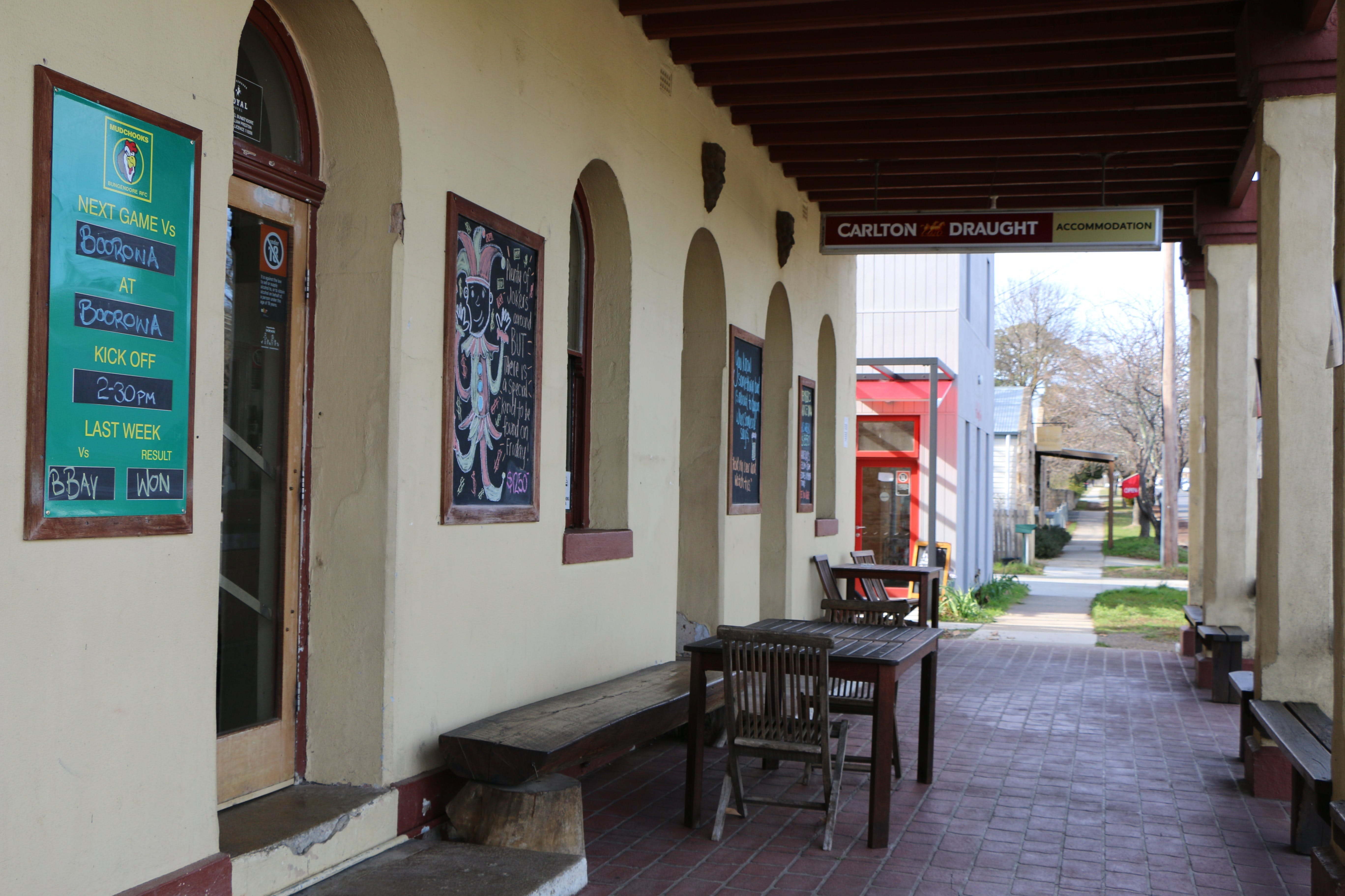 The Royal Hotel Bungendore - Dalby Accommodation