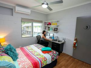 Cairns Student Lodge - Dalby Accommodation