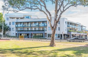 The Brighton Apartments - Dalby Accommodation