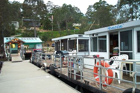 Clyde River Houseboats - Dalby Accommodation