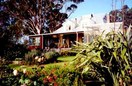 The Sleeping Lady Private Retreat - Dalby Accommodation